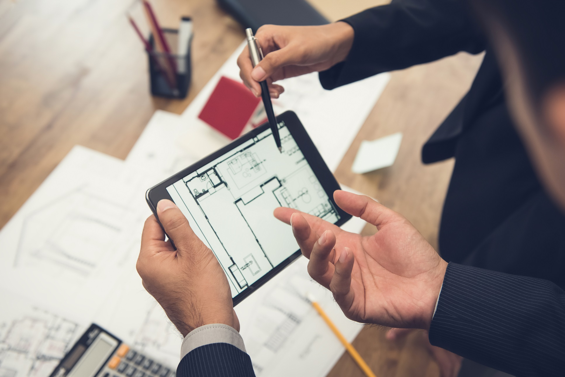 How Construction IT Services Increase Scalability for Contractors